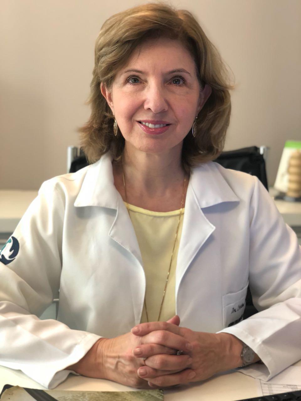 Dra. Maria Cristina Singer Wallbach